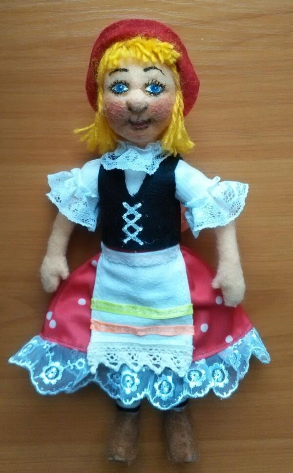 Кукла из фетра Красная шапочка для начинающих