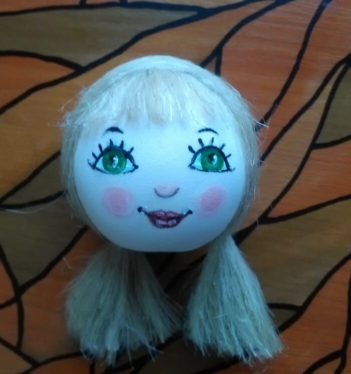Кукла в подарок из фоамирана