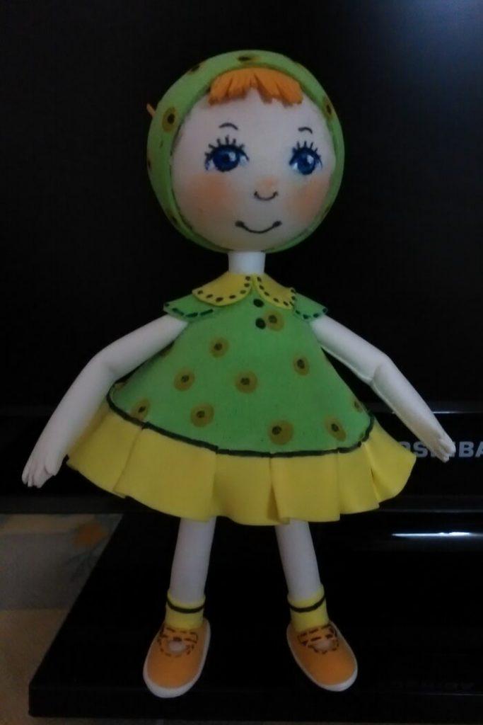 Кукла малышка из фоамирана