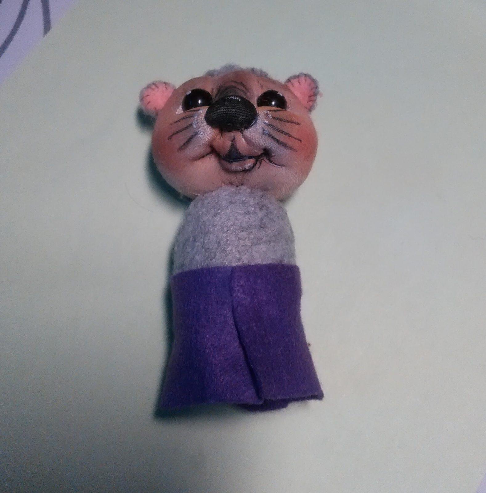 Игрушка мышонок из капрона