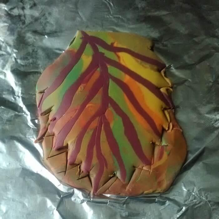 Брошь осенний листок из полимерной глины