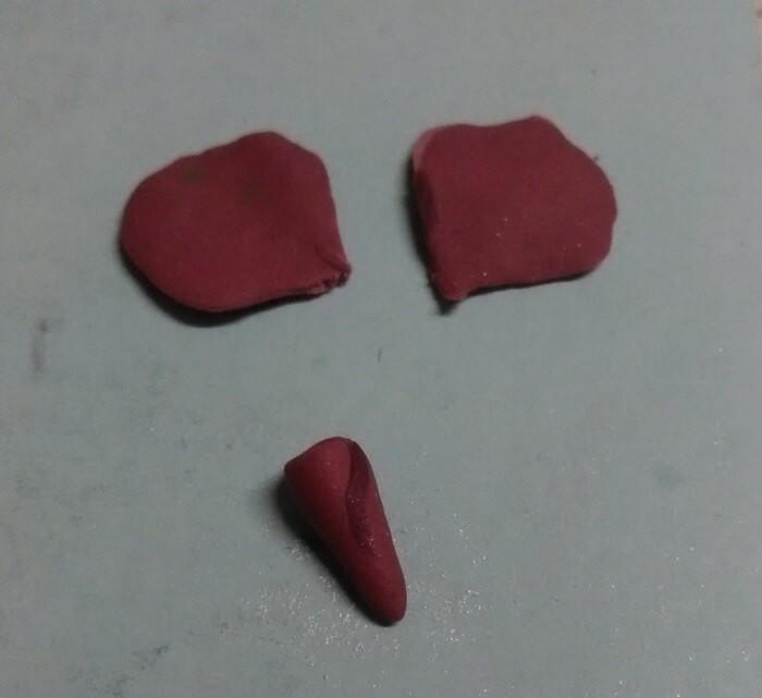 Кулон розы из полимерной глины для начинающих