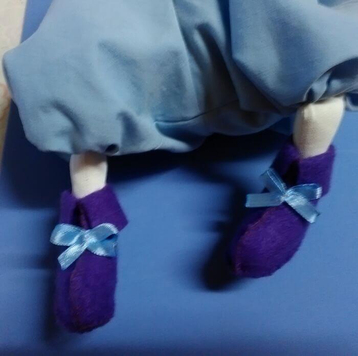 Как сделать мягкую игрушку своими руками. Текстильная кукла.