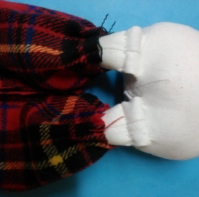 Игрушка из ткани своими руками. Текстильная кукла. Одежда.