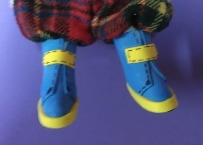 Игрушка из ткани своими руками. Текстильная кукла. Обувь.